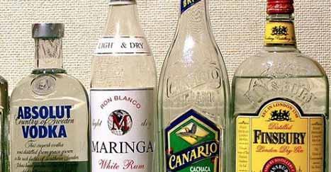 Hausmittel gegen Zahnschmerzen: Kamille und Alkohol zum Spülen